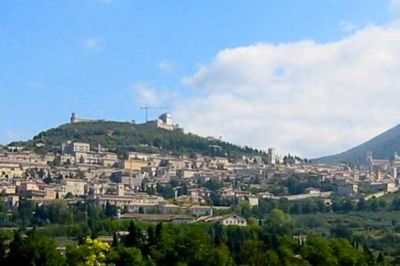 assisi-umbria-panorama