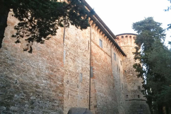 Mura laterali castello di Magione