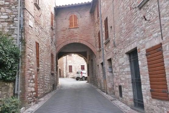 Arco di Corso Luigi Rotelli-Corciano