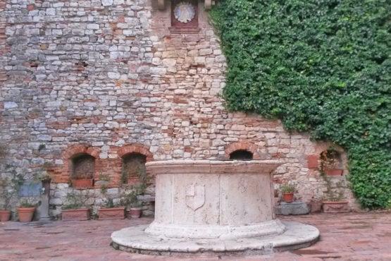 pozzo del XVI secolo-corciano