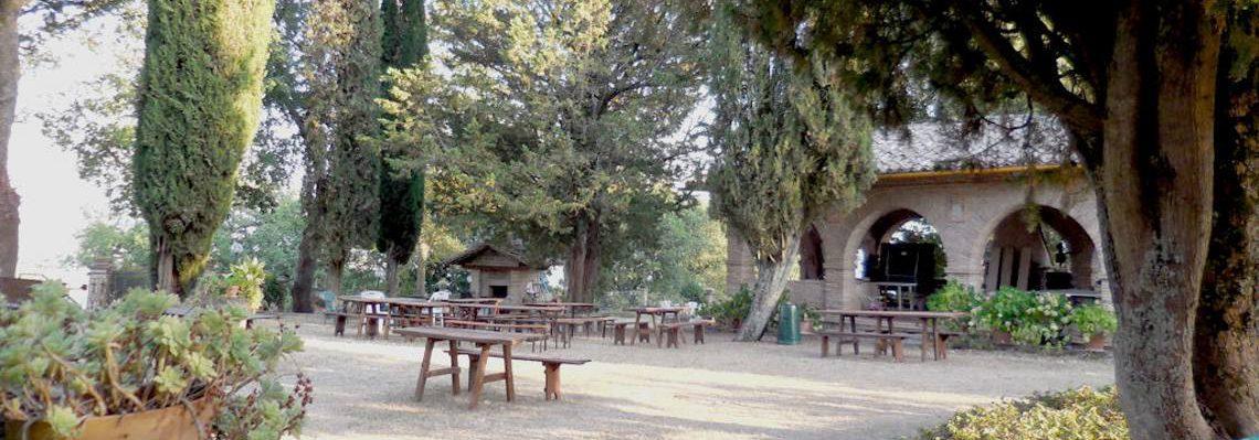Piccolo giardino al castello di Giomici
