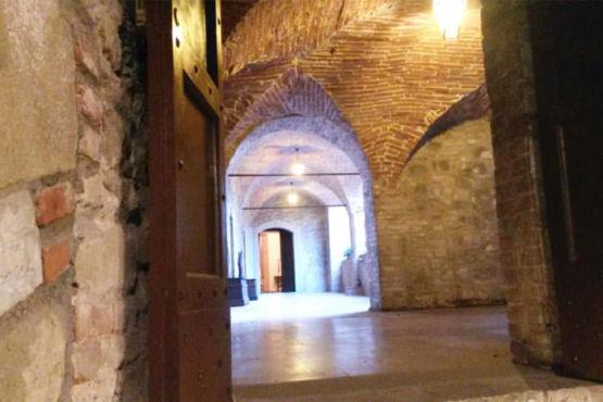 Corridoio interno del castello di Magione