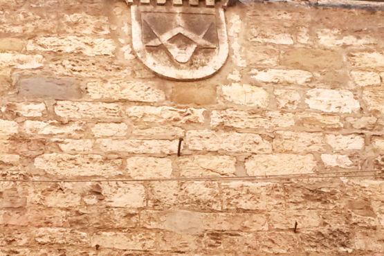 Simbolo massonico e templare a Perugia Corso Garibaldi
